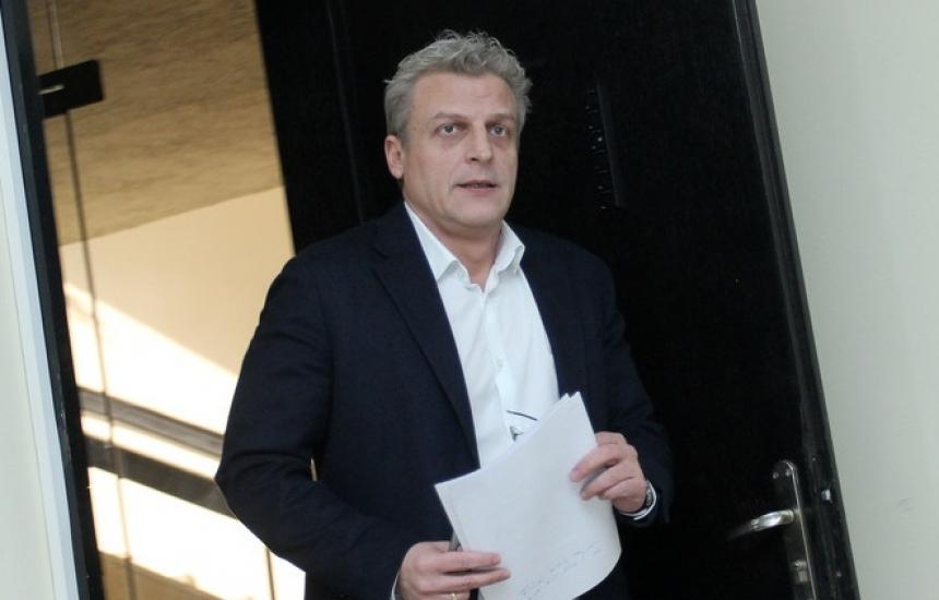 Фалстарт на делото срещу Москов