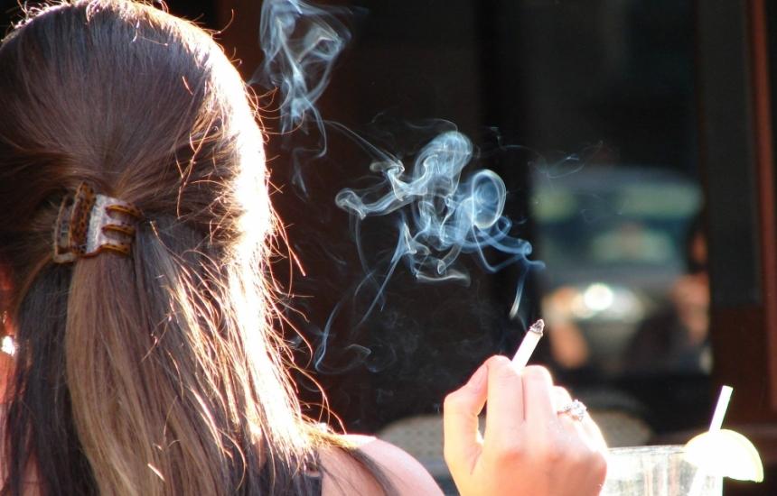 Над 45 нови пушачи на ден в България