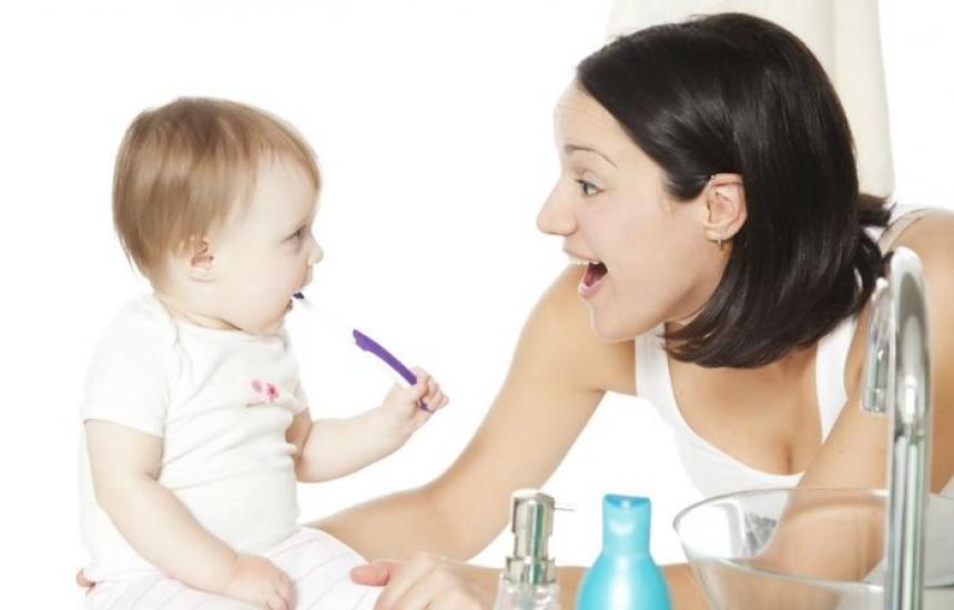 Зъбното здраве на майката и бебето
