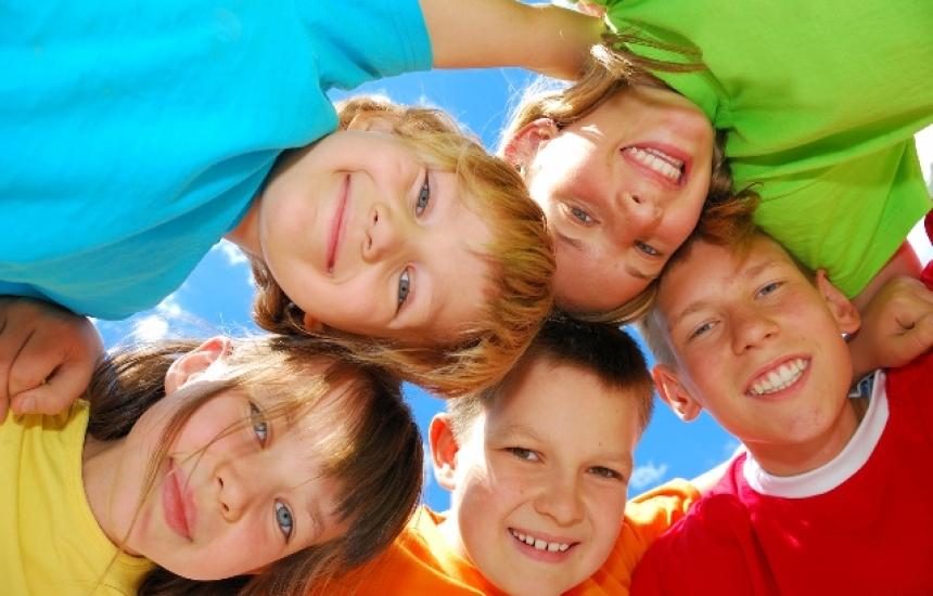 Деца организират концерт за деца