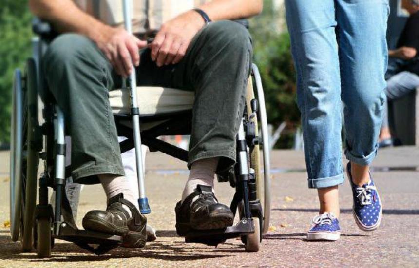 Обсъждат реформата за хората с увреждания