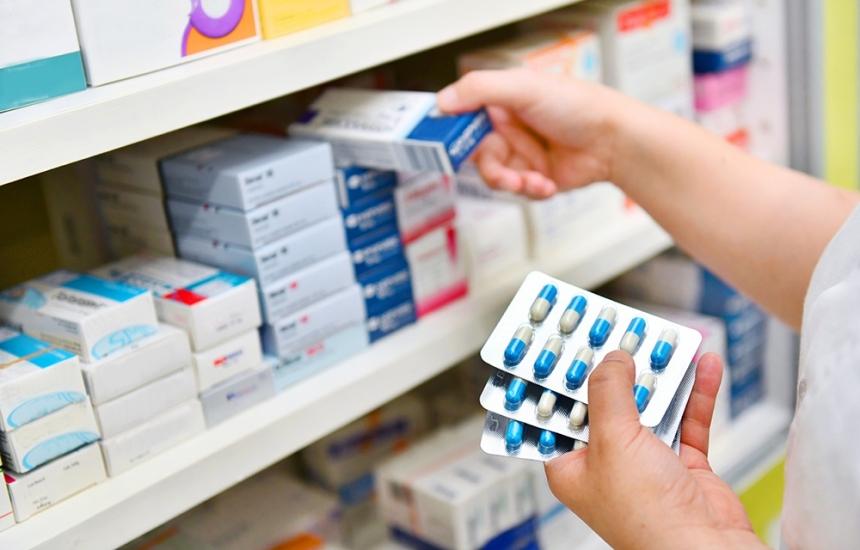 Изравняват реферирането за наши и чужди лекарства