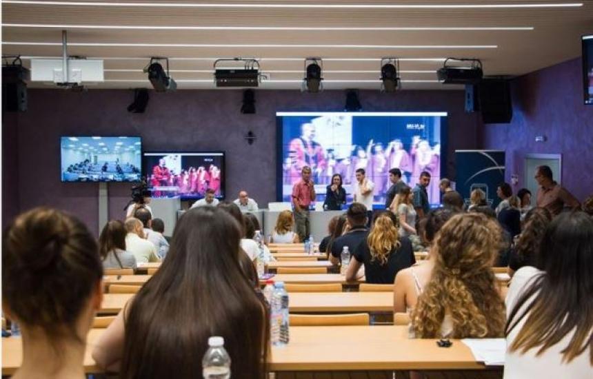 Трима пълни отличници приети в МУ-Варна