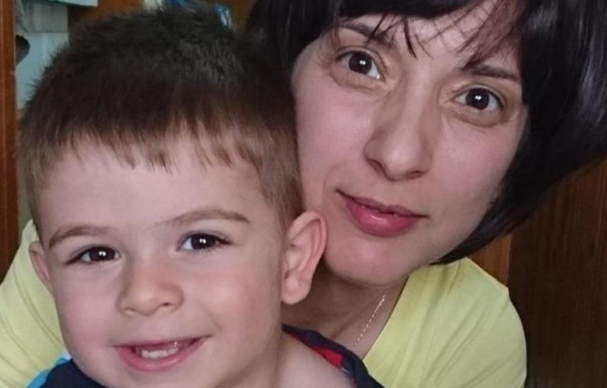 Да помогнем на Теменужка в борбата й с рака