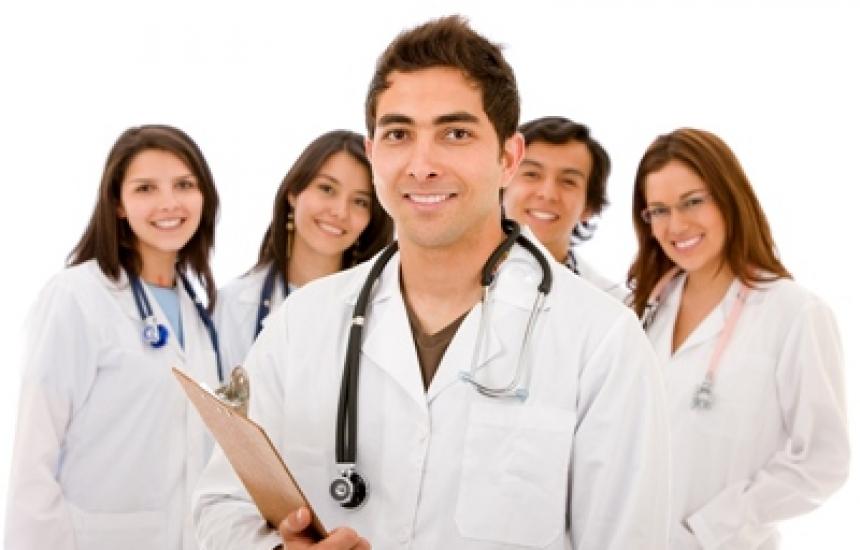 Болниците наели 273 специализанти