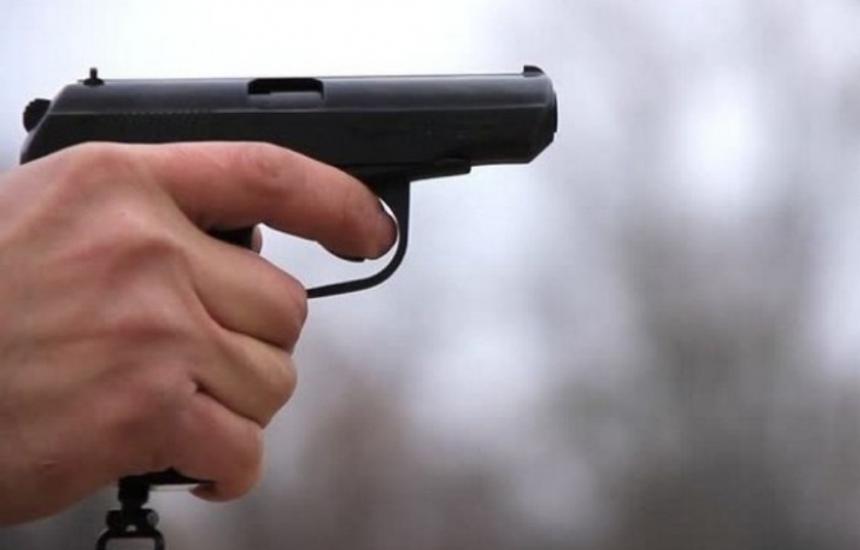 Прострелян полицай е без опасност за живота