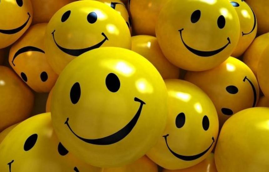 Честит празник на усмивката!