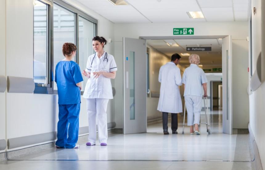 Доплатили сме официално 385 млн. в болниците