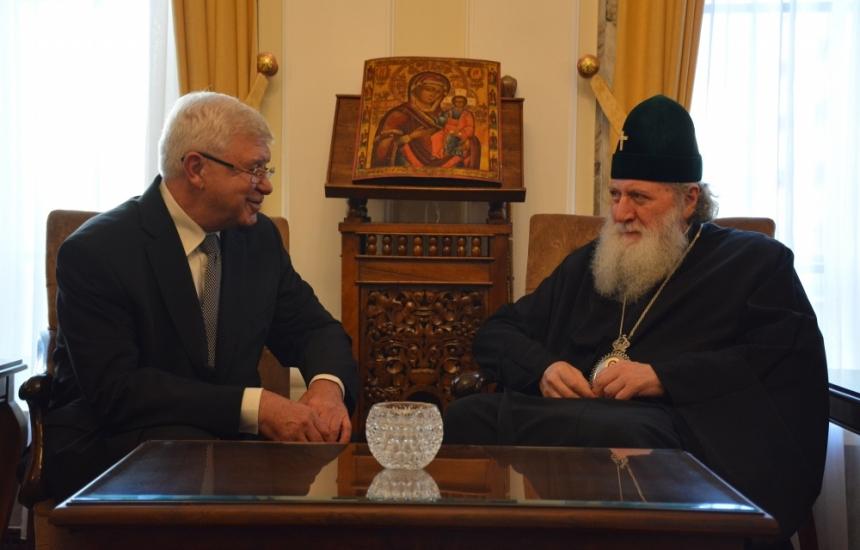 МЗ иска подкрепа от Църквата за донорството