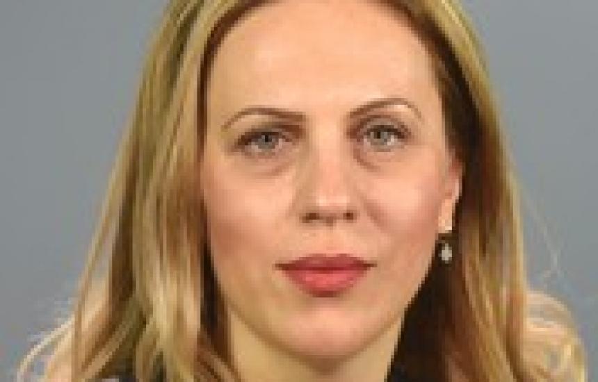 Марияна Николова поема поста на вице