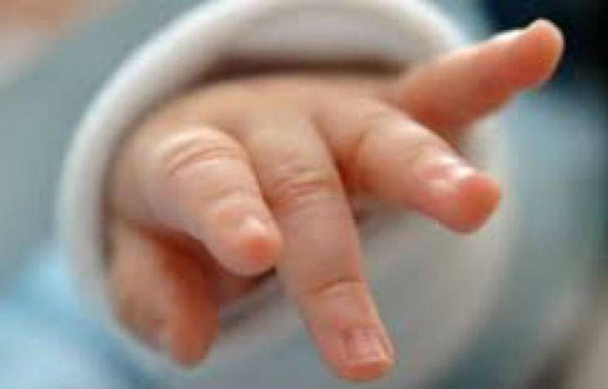 Ротарианци помагат на недоносени бебета