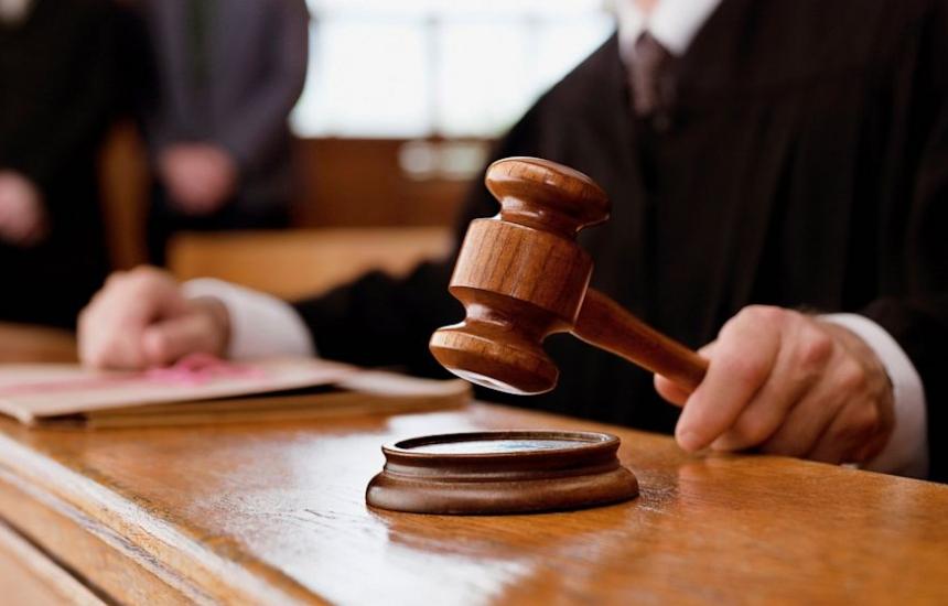 Съдът гледа здравната карта през октомври
