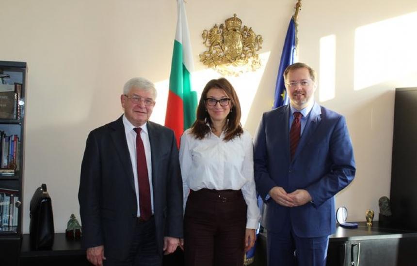 Хърватия ни помага за донорството