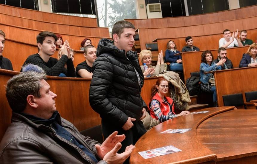 УМБАЛ Бургас с призив към абитуриентите