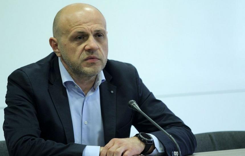 Томислав Дончев пое Съвета за хората с увреждания