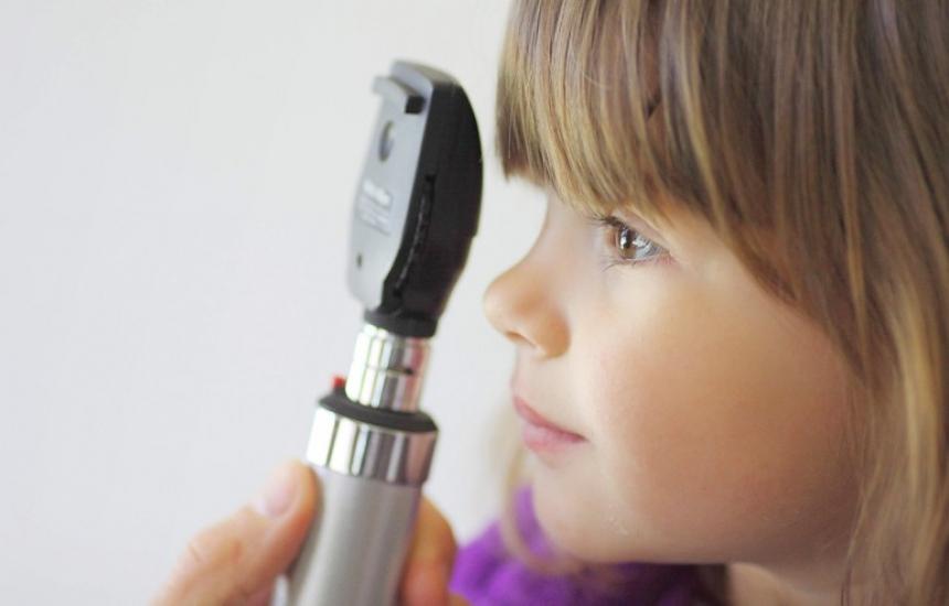 Безплатни очни прегледи за деца с диабет