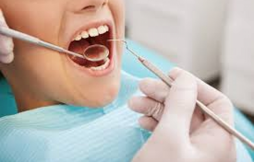 """Болни зъби """"изяждат 50 млн. учебни часа"""