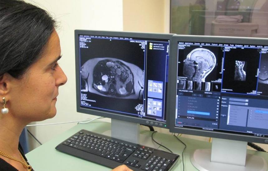 Магнитен резонанс сканира цялото тяло