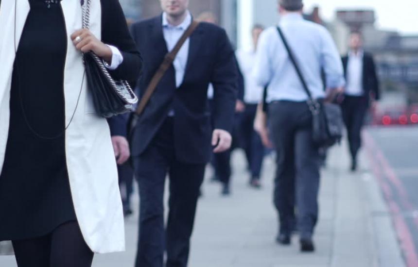 Синдикати и работодатели искат заплата от НЗОК