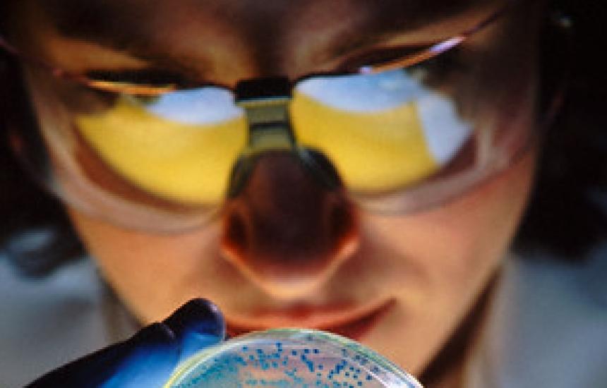 Нов метод открива заразени храни