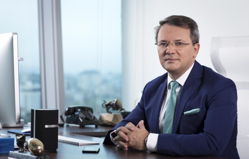 Николай Хаджидончев остава начело на БГФарма