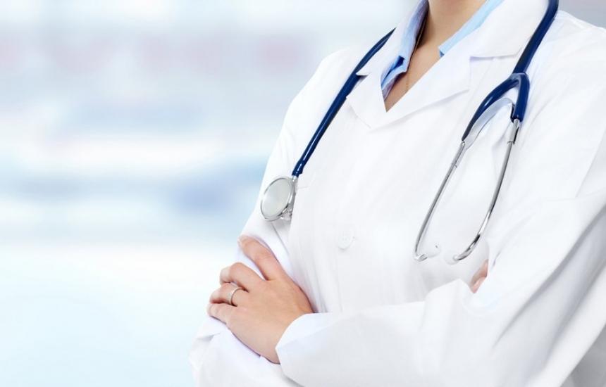 Намаляват лекари и сестри