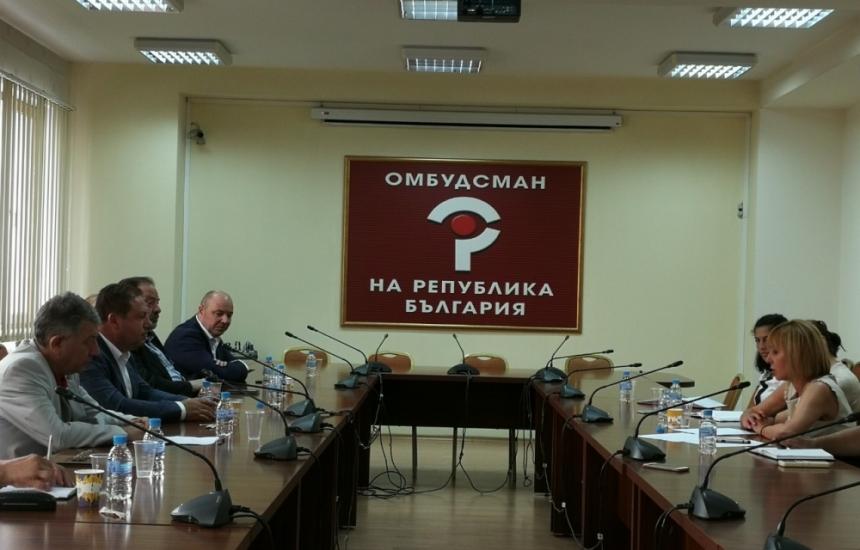 Медици и Омбудсман настояват за реформи