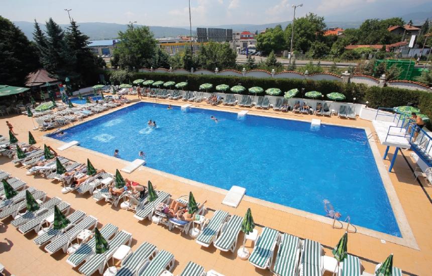3 басейна в София с хлор над нормата