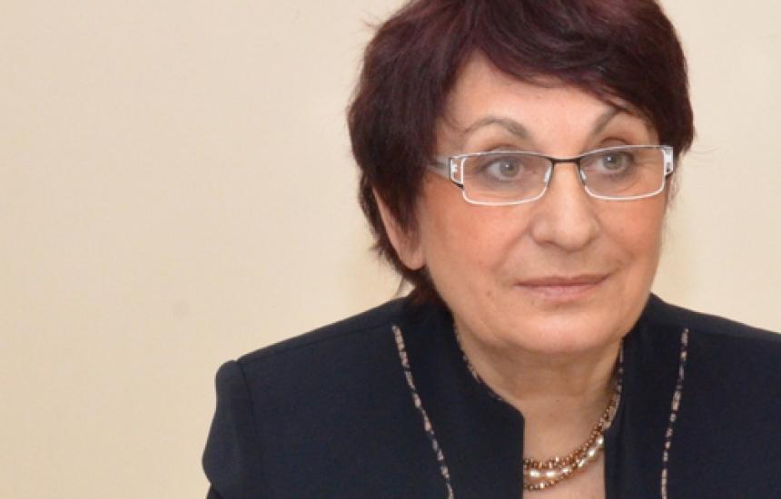 Връчиха оставка на ректора на МУ-София със скандал
