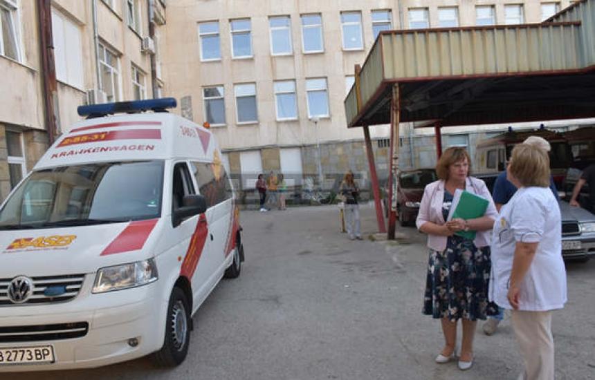 Ловешката болница получи линейка
