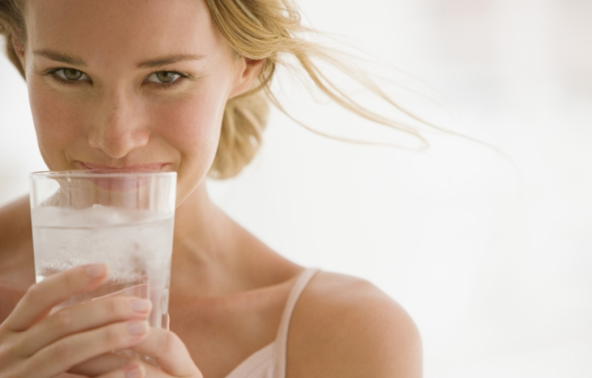Млякото ни зарежда с витамин В