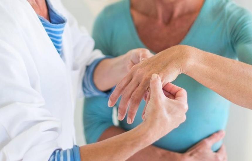 Какво е бъдещето на терапията при ревматоиден артрит?