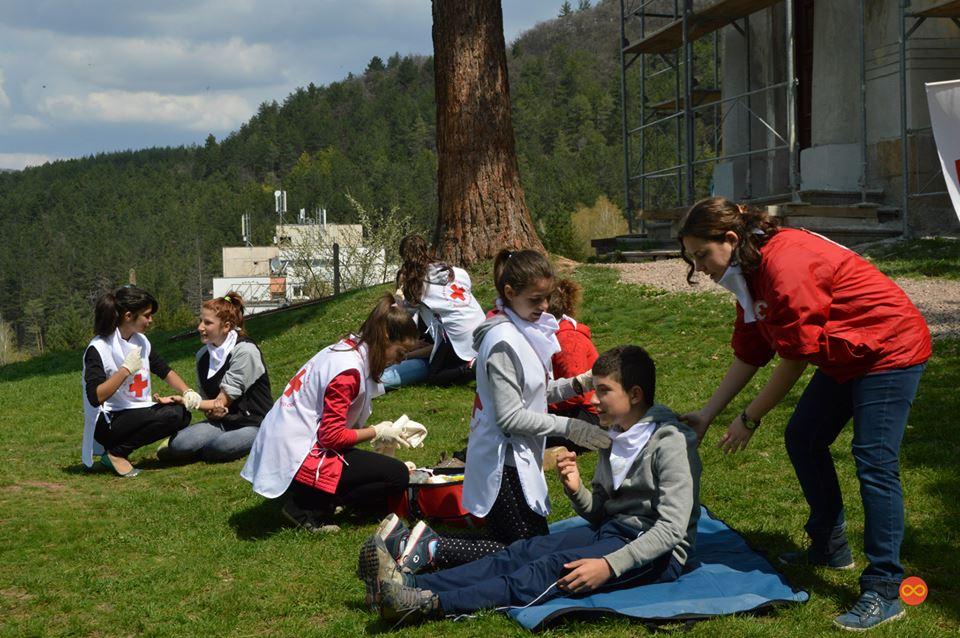 Уроци по първа помощ в Борисовата