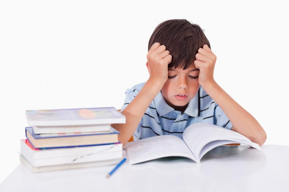 Залягането над домашните – най-много 4 часа