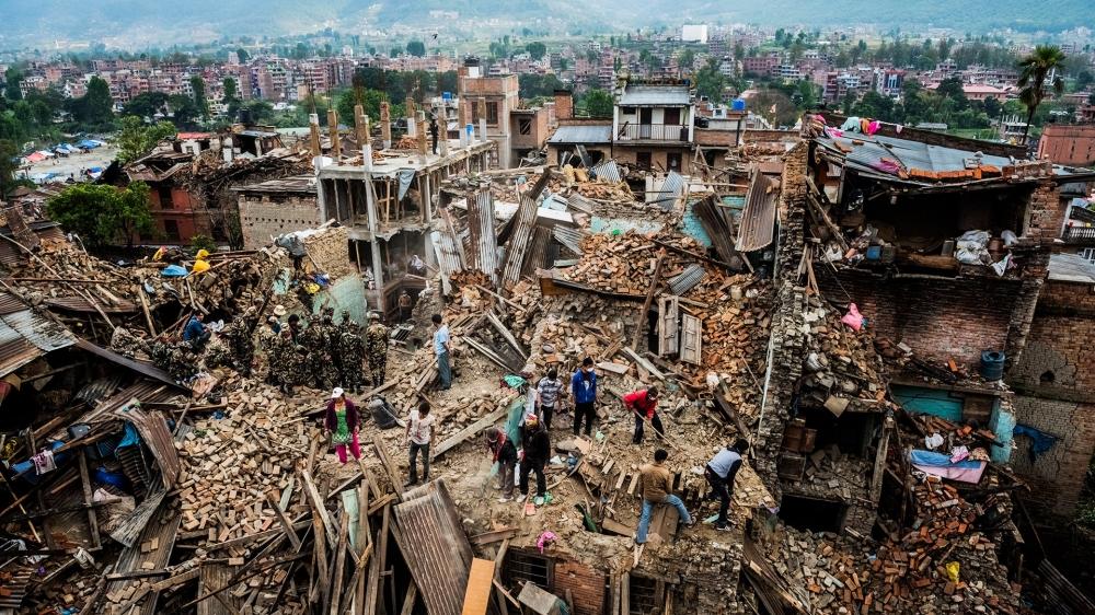 Как да оцелеем при земетресение?
