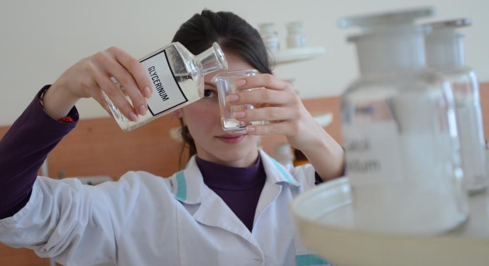 Обучават фармацевти за цените на лекарствата