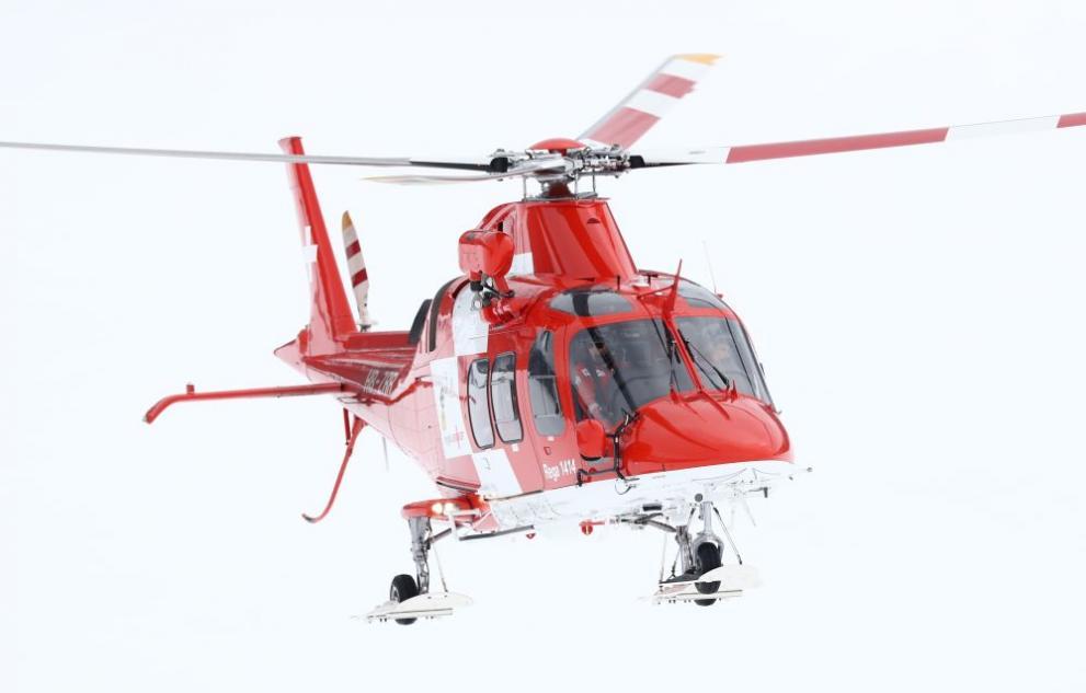 Шанс за 2 медицински хеликоптера