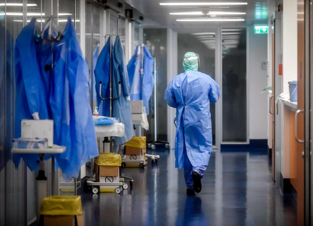 По бавната писта за нови болници