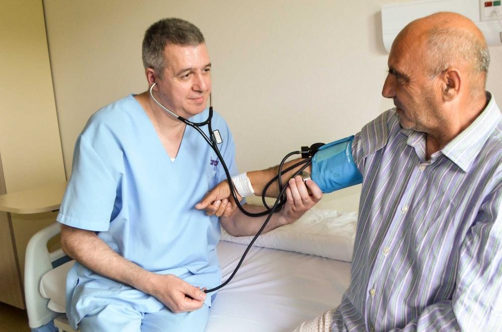 Хипертонията уврежда сърцето, мозъка и бъбреците
