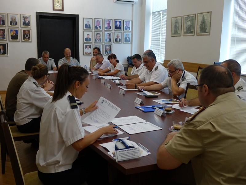 Приеха още 15 да учат за военен лекар