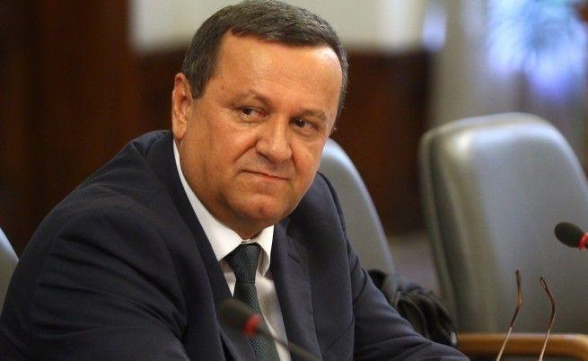 Бюджетът на ДОО няма да реши тежките проблеми