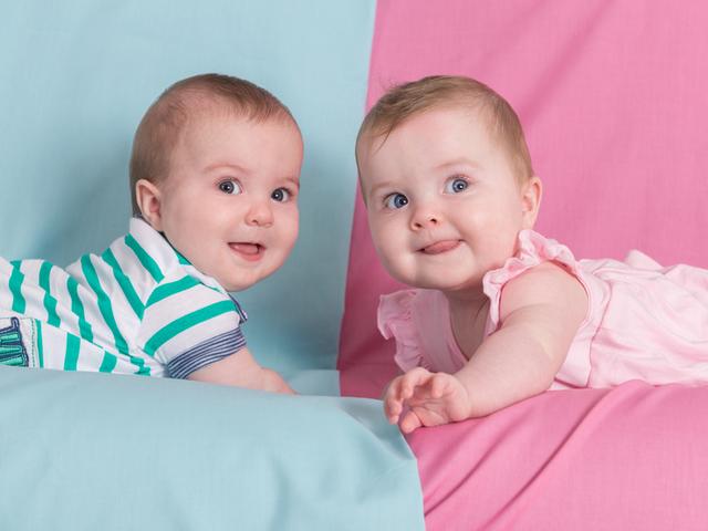 Жена със спукан апандикс роди близнаци