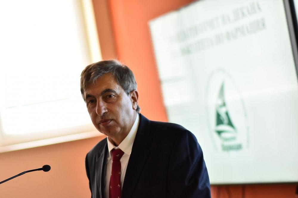 Проф. Петко Маринов оглави Факултета по фармация в МУ – Варна