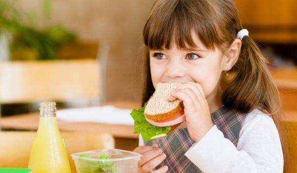Родителите с глас за закуските в училище