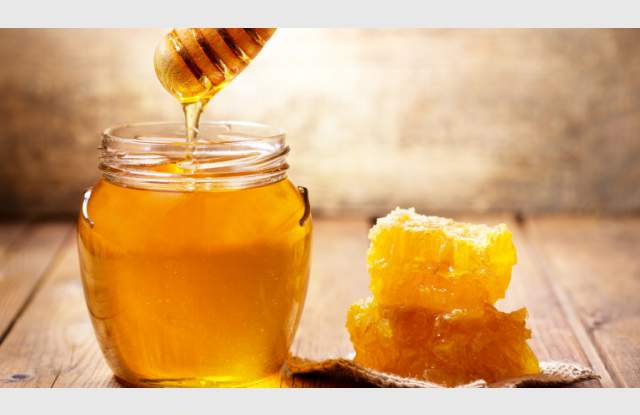 Унищожават 44 кг мед заради грешни етикети