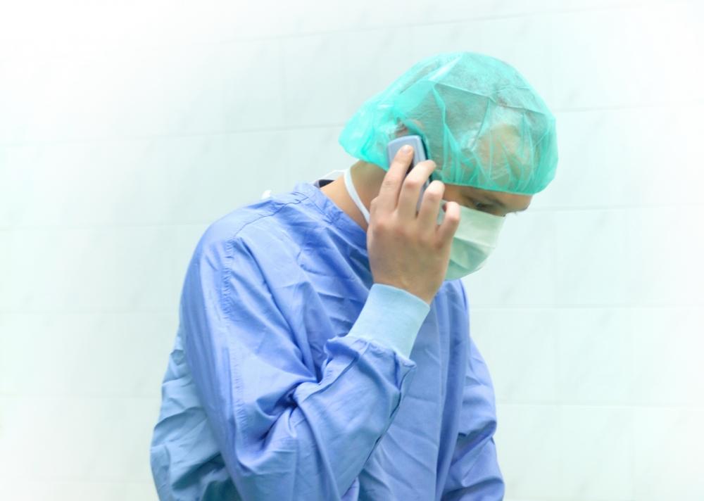 Постоянни проверки на касата в 30 болници