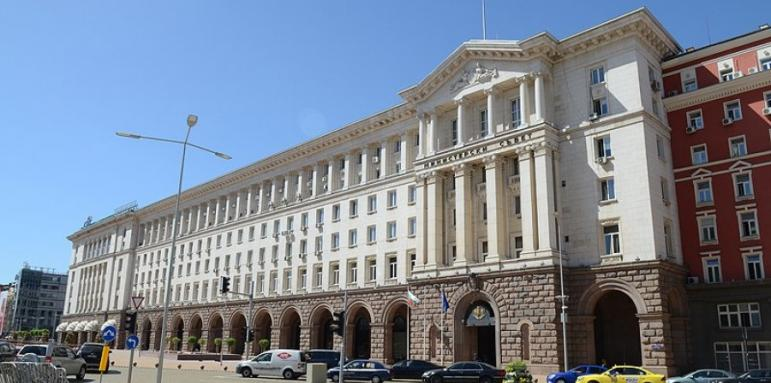 Отсрочка за заемите на болниците в Ловеч и Враца