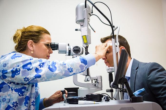 Уникален очен лазер в МУ - Варна