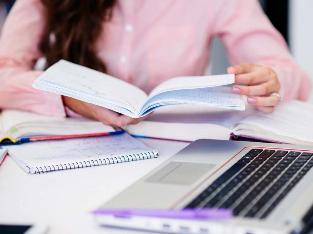Одобриха онлайн образованието на първо четене