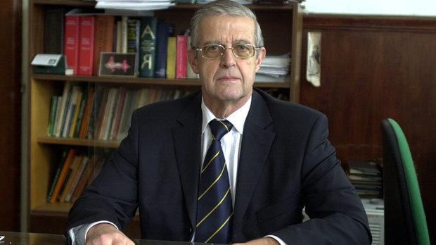 Президентът награди акад. Владимир Овчаров